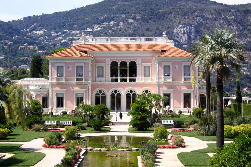 Villa Ephrussi on the French Riviera / Travel with Lili Sandu