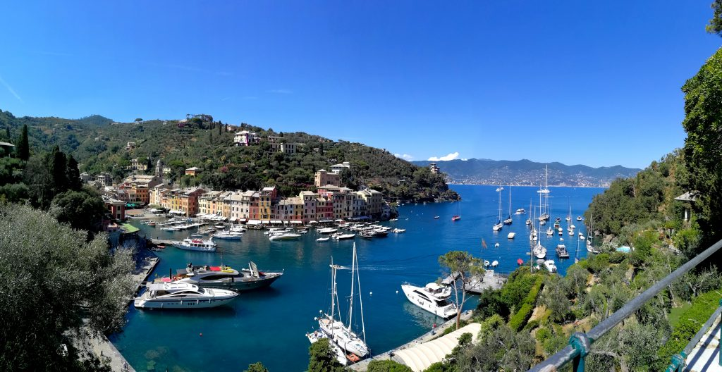 Portofino harbour / Travel with Lili Sandu