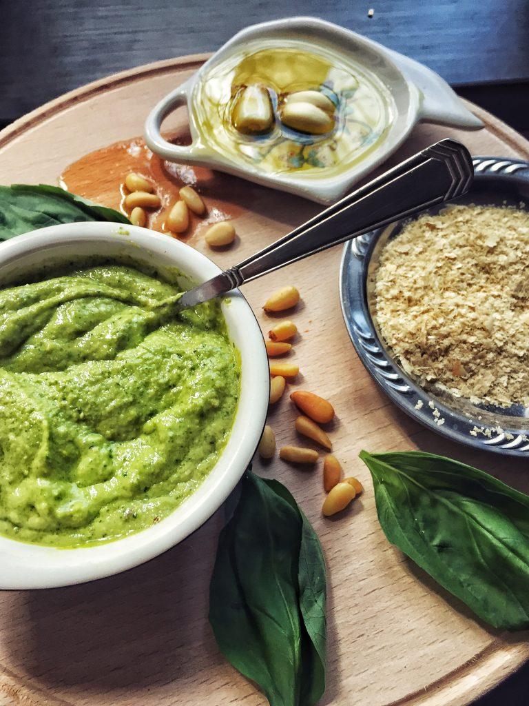 Rețete sosuri vegane by Lili Sandu