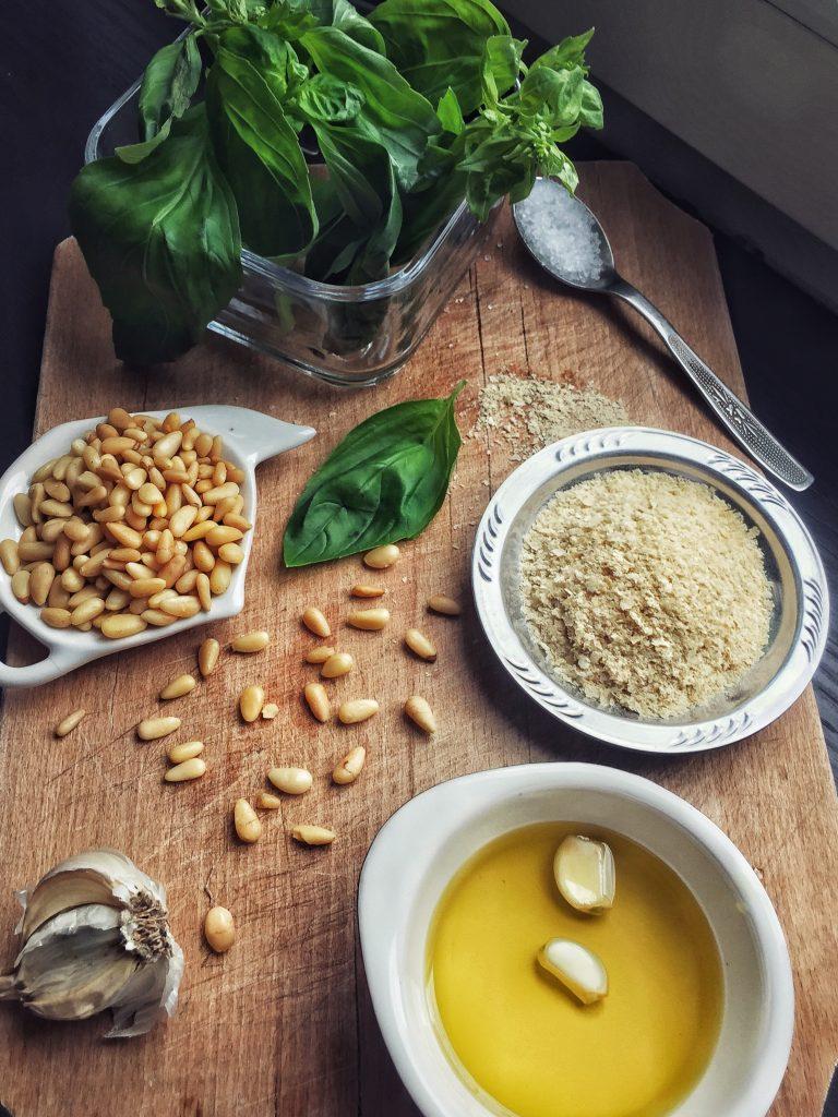 Sos Pesto / Rețete sosuri vegane www.lilisandu.ro