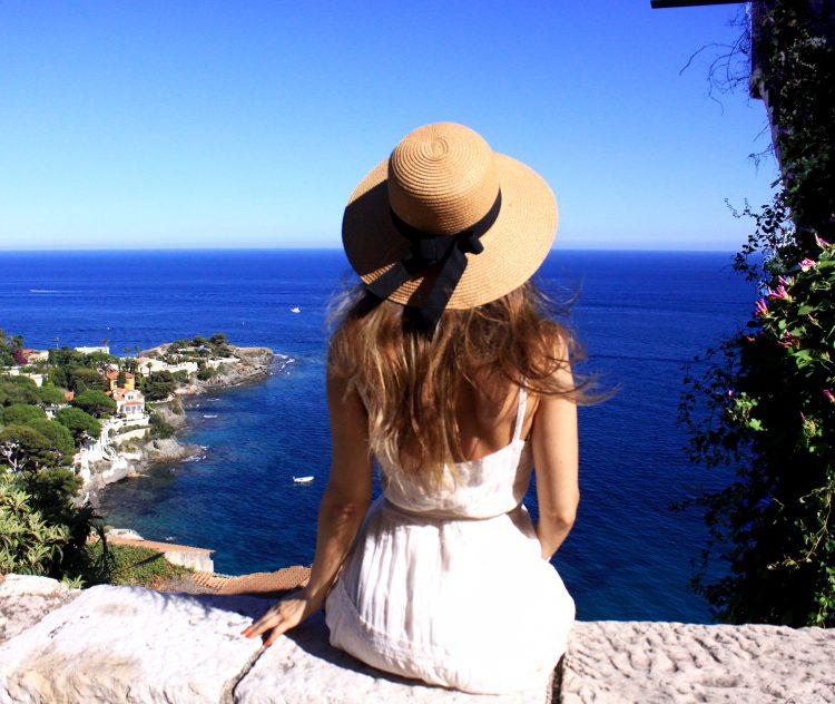 Vacanță pe Riviera Franceză / by Lili Sandu